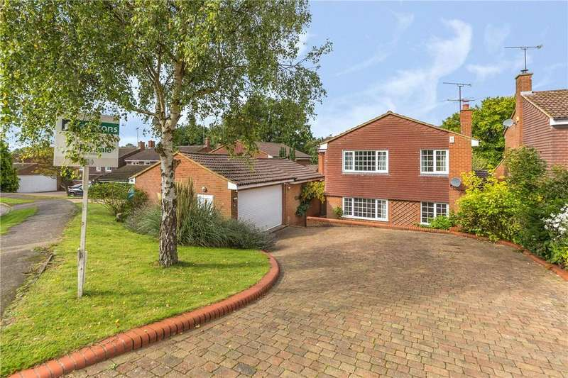 4 Bedrooms Detached House for rent in Holywell Road, Studham, Dunstable, Bedfordshire