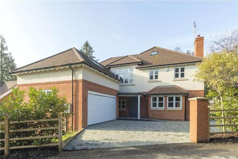 6 Bedrooms Detached House for sale in Wrens Hill, Oxshott, Surrey, KT22