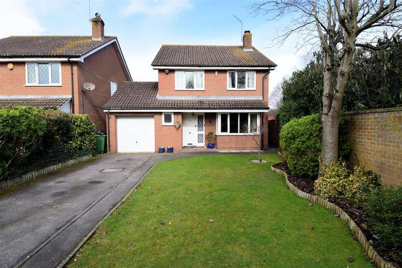 4 Bedrooms Detached House for sale in Blackwater Rise, Calcot, Reading