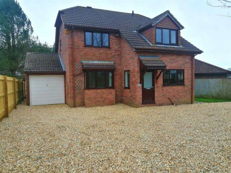 4 Bedrooms Detached House for rent in COMPARE OUR FEES