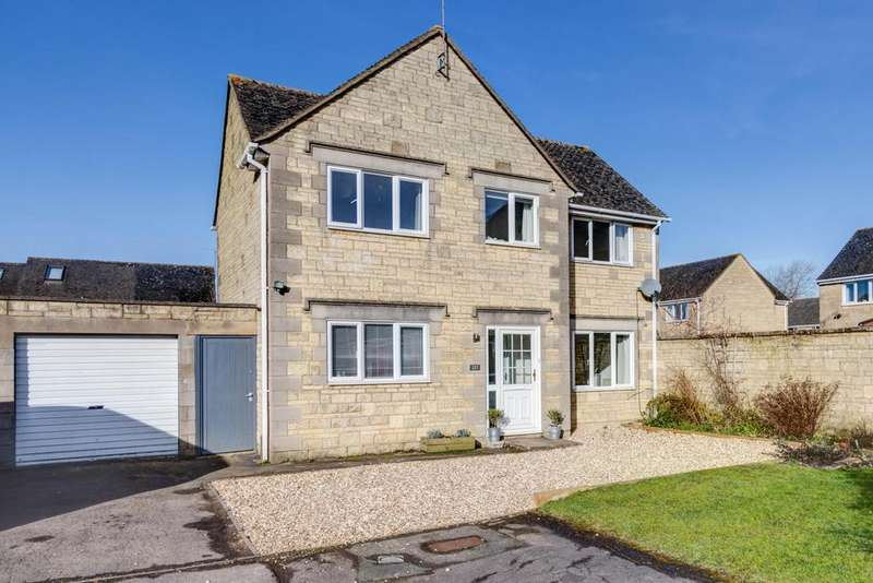 4 Bedrooms Detached House for sale in Alexander Drive, Cirencester, Gloucestershire