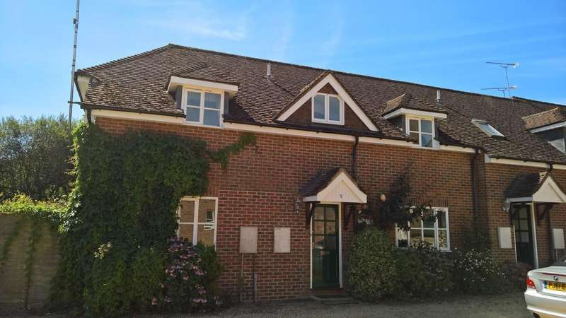2 Bedrooms End Of Terrace House for rent in Lions Gate, Fordingbridge, Hampshire