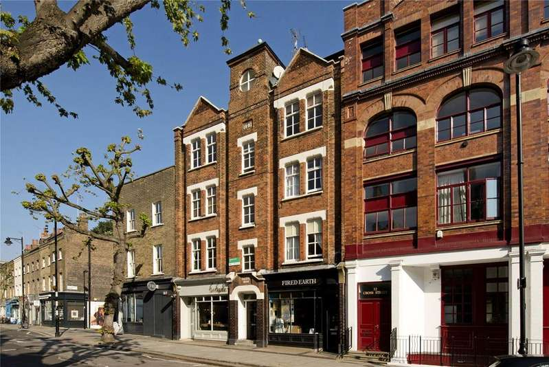 2 Bedrooms Flat for sale in Cross Street, Islington, London