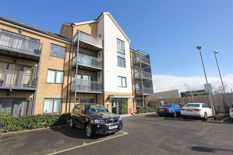 2 Bedrooms Apartment Flat for sale in Watson Place, Portland Road, South Norwood