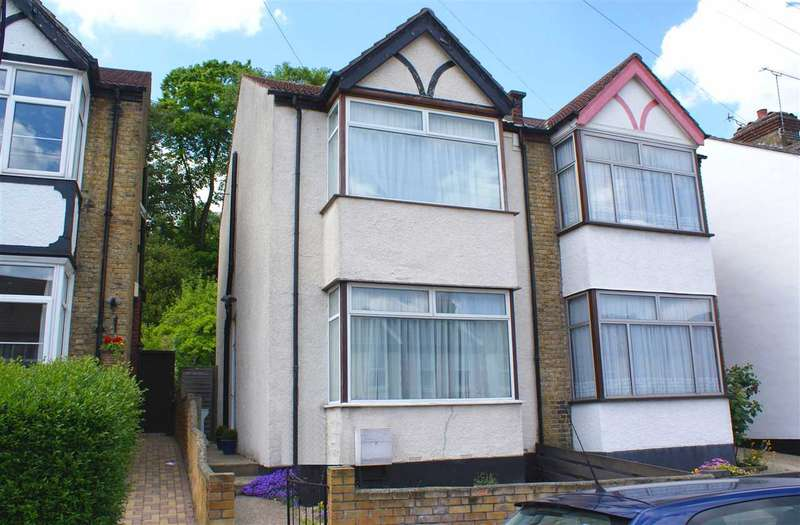 3 Bedrooms Semi Detached House for sale in Churchill Road, South Croydon