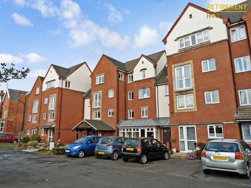 2 Bedrooms Property for sale in Madingley Court, Southport, PR9 9SG