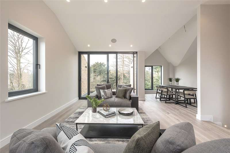 3 Bedrooms Flat for sale in The Fortis Collection, Eastern Road, London, N2