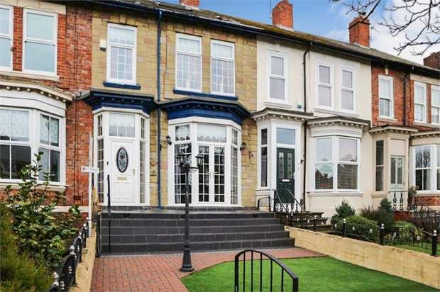 5 Bedrooms Terraced House for sale in Beach Road, South Shields, Tyne and Wear