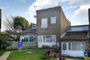 3 Bedrooms Terraced House for sale in Chailey Crescent, Saltdean, East Sussex