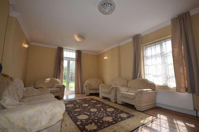 5 Bedrooms Detached House for sale in Preston Hill, Kenton, Harrow, HA3 9XA