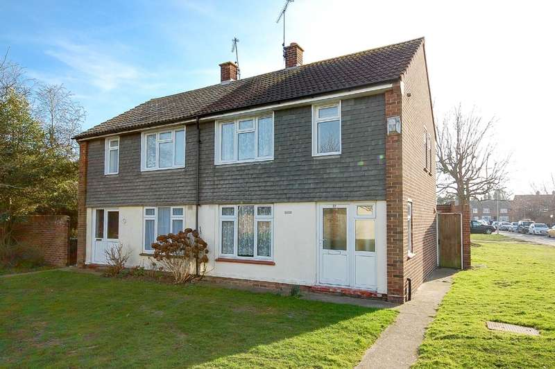 2 Bedrooms Semi Detached House for sale in Church Way, Swalecliffe, Whitstable