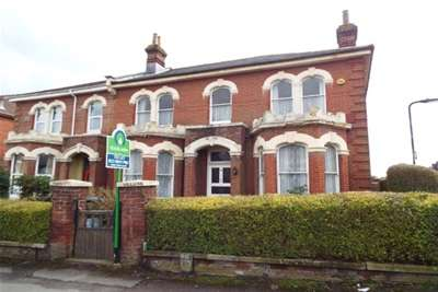6 Bedrooms House for rent in Alma Road, Southampton