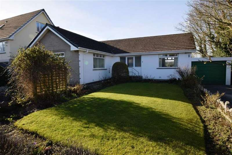 2 Bedrooms Detached Bungalow for sale in St Johns Grove, Silverdale