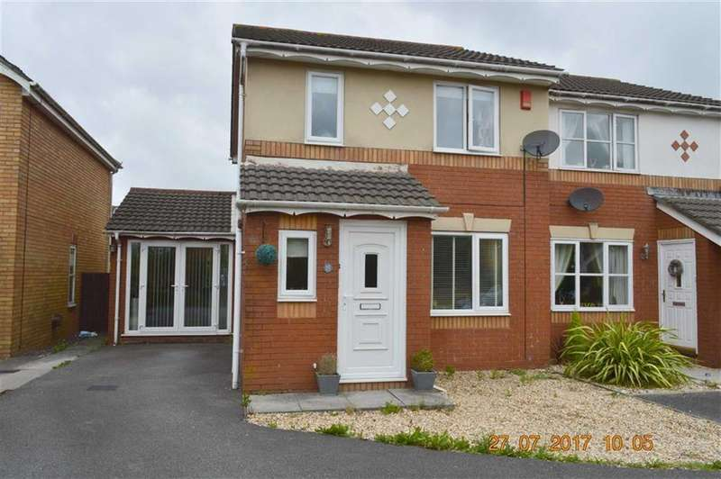 3 Bedrooms Semi Detached House for sale in Megan Close, Swansea, SA4