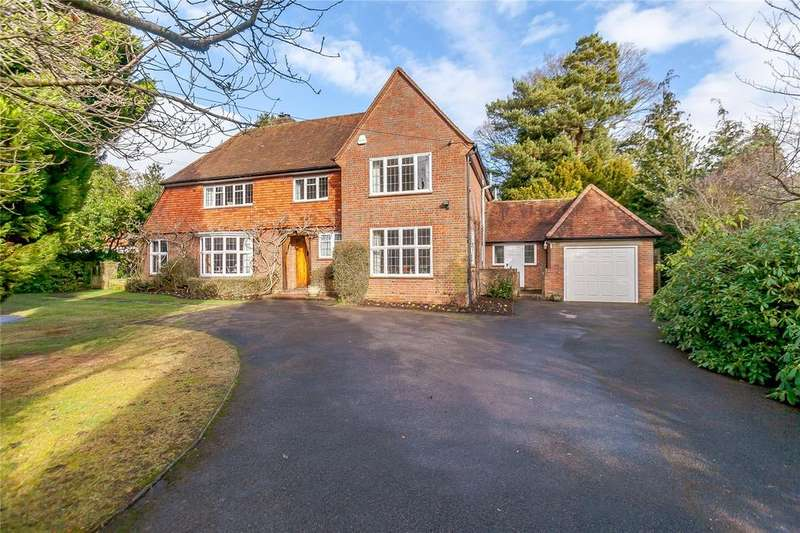 4 Bedrooms Detached House for sale in Hervines Road, Amersham, Buckinghamshire, HP6