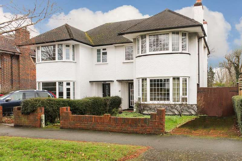 3 Bedrooms Semi Detached House for sale in Thistledene, Thames Ditton, KT7