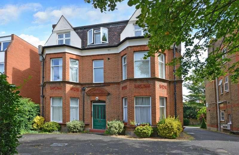 1 Bedroom Ground Flat for sale in Parklands, Surbiton, KT5