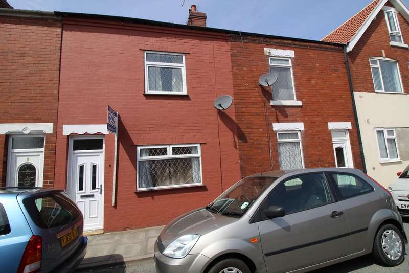 3 Bedrooms Terraced House for rent in Ridgill Ave , Skellow, Doncaster DN6