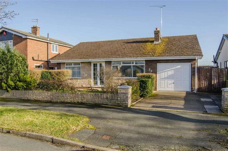 3 Bedrooms Detached Bungalow for sale in Merton Drive, Chester, Chester
