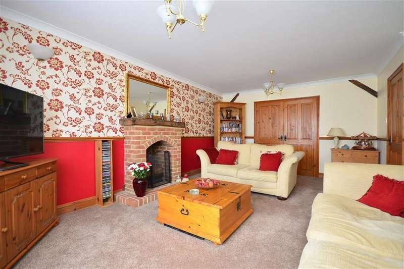 4 Bedrooms Detached House for sale in Lynmouth Drive, Minster On Sea, Sheerness, Kent