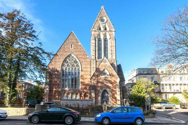 2 Bedrooms Flat for sale in Oakfield Court, Oakfield Road, Clifton, Bristol, BS8