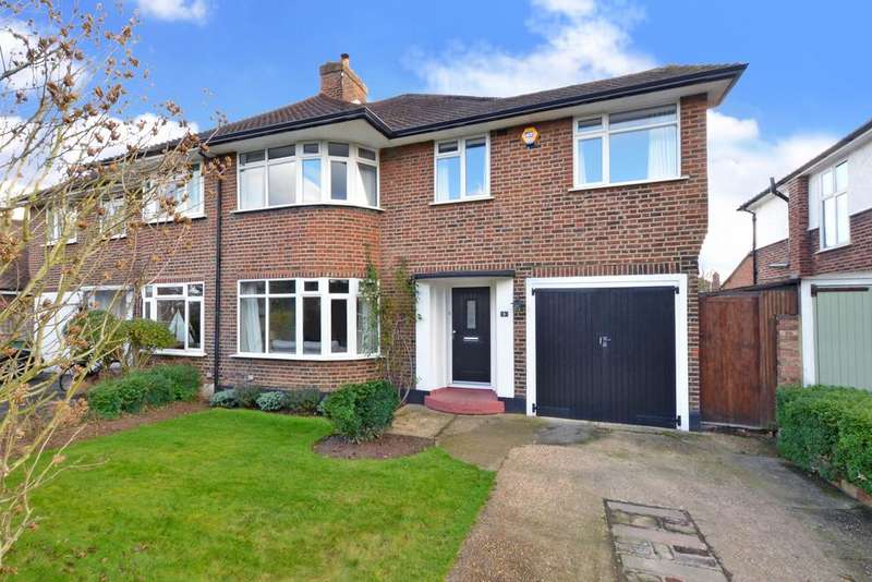 4 Bedrooms Semi Detached House for sale in Ennismore Gardens, Thames Ditton, KT7