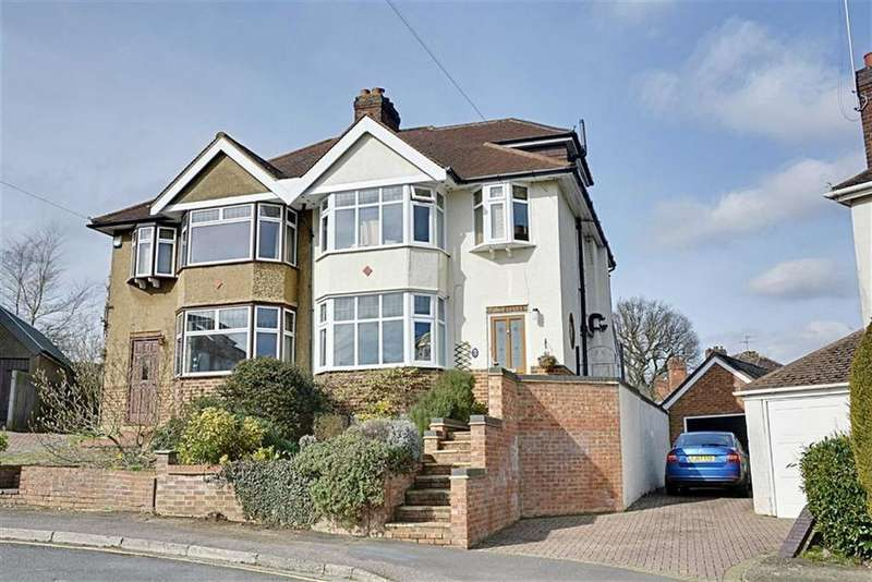 4 Bedrooms Semi Detached House for sale in Greenways, Hertford, Herts, SG14
