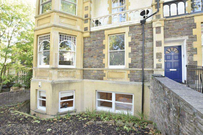 3 Bedrooms Apartment Flat for rent in Clarendon Road, Redland, Bristol, BS6