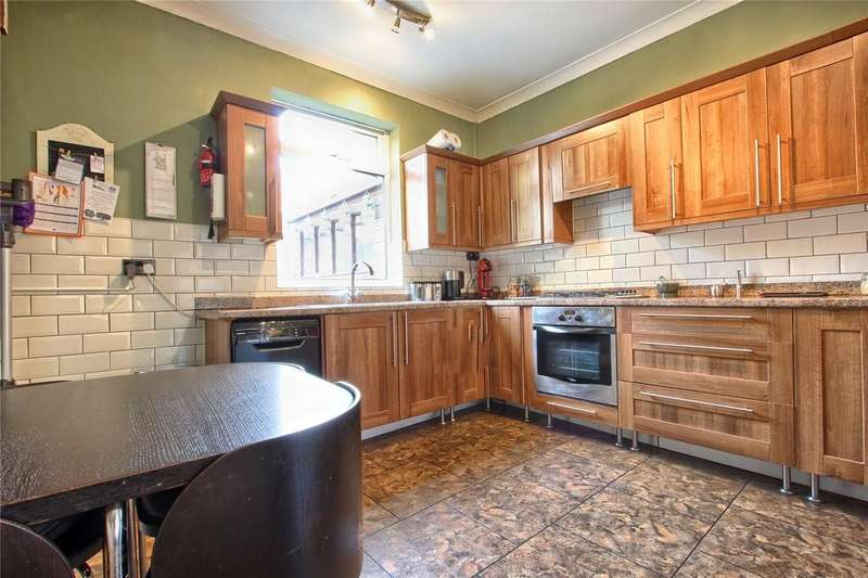 3 Bedrooms End Of Terrace House for sale in Herschell Street, Redcar