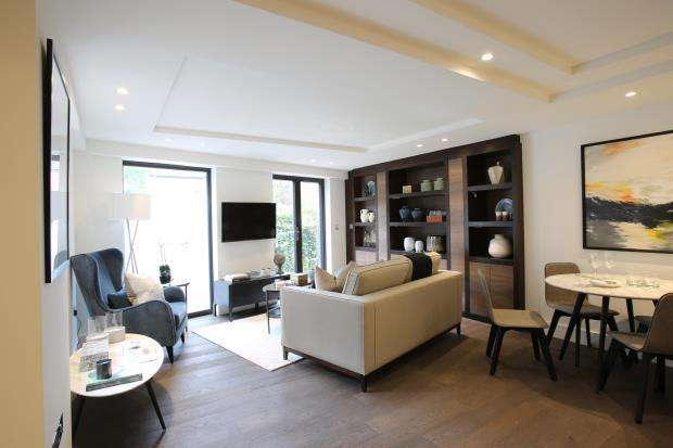 2 Bedrooms Flat for sale in Connaught Gardens, Muswell Hill, London, N10