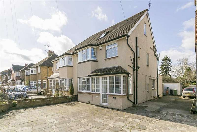 4 Bedrooms Semi Detached House for sale in Temple Road, Epsom, Surrey