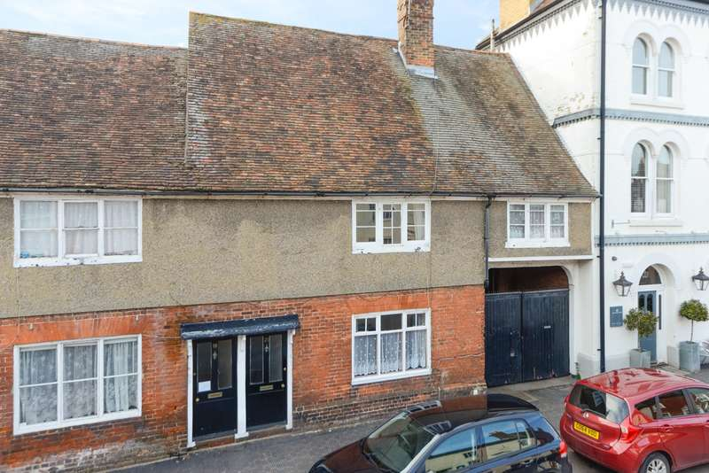 2 Bedrooms Terraced House for rent in Church Street, Wye, TN25
