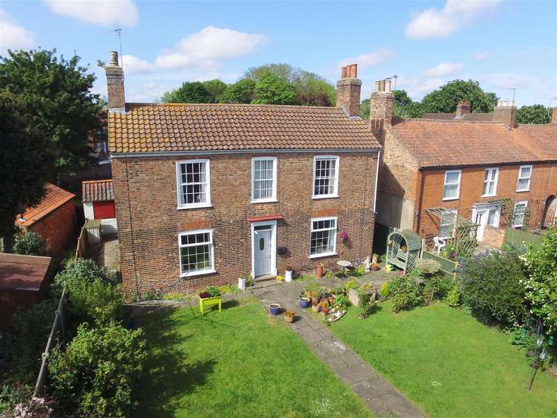 3 Bedrooms Detached House for sale in The Walk, Wainfleet