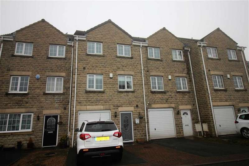 4 Bedrooms Town House for sale in The Oaks, Salendine Nook, Huddersfield