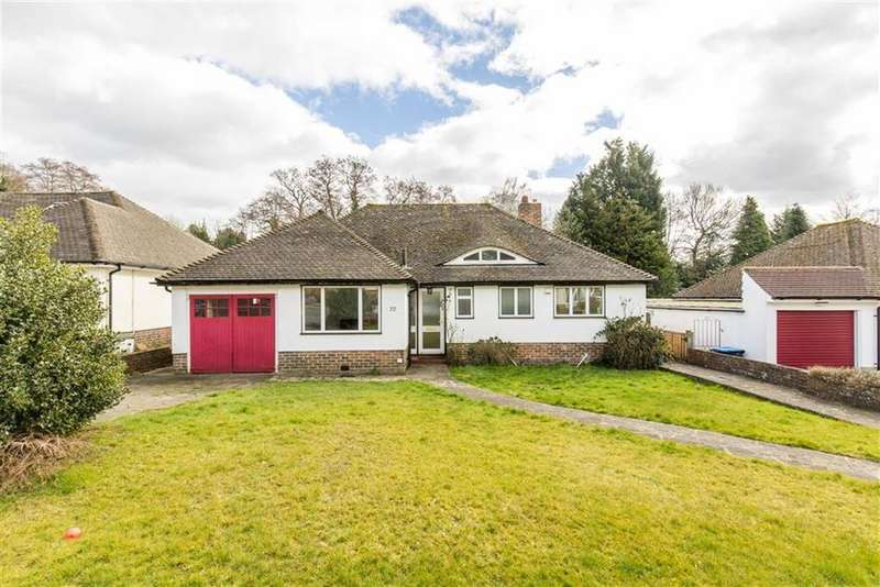 3 Bedrooms Bungalow for sale in Paddock Way, Oxted, Surrey