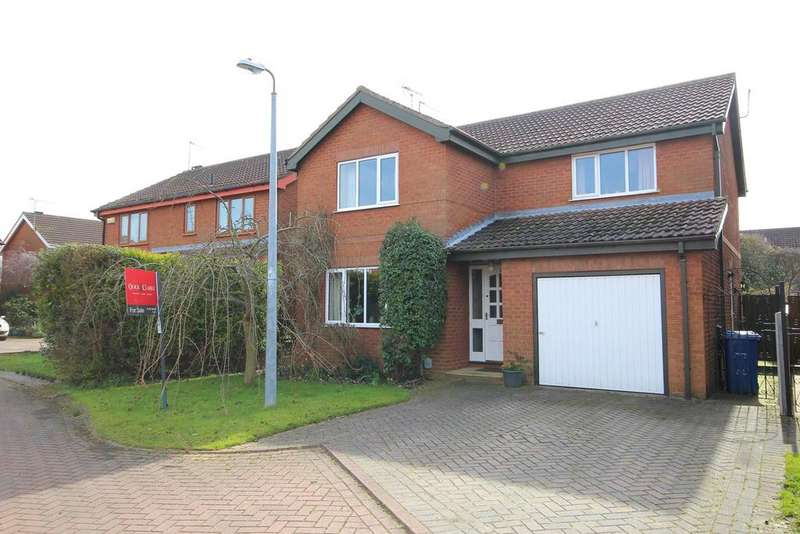 4 Bedrooms Detached House for sale in Danesway, Beverley, HU17