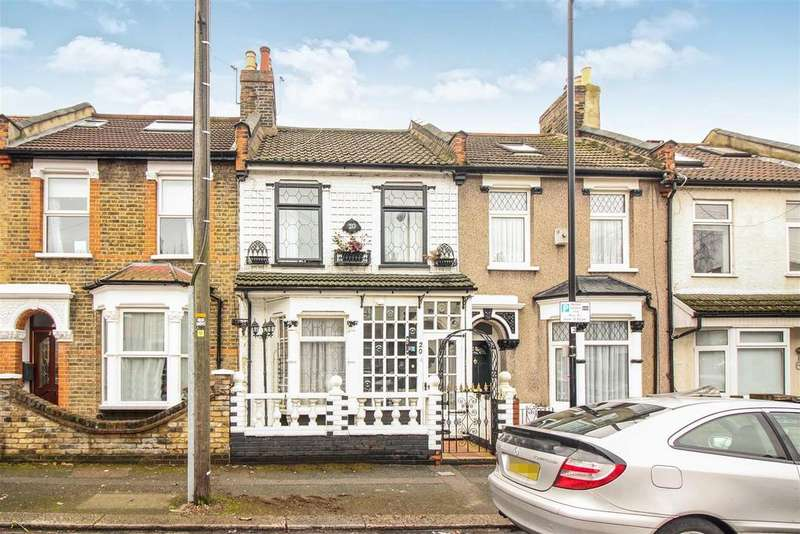 3 Bedrooms Terraced House for sale in Gloucester Road, London