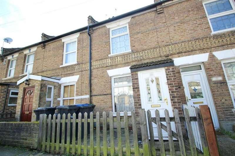 2 Bedrooms Terraced House for sale in John Street, Enfield