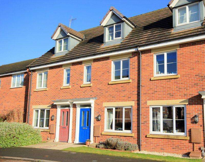 3 Bedrooms Terraced House for sale in Candler Drive, Stone