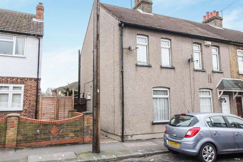 2 Bedrooms End Of Terrace House for sale in Cadmore Lane, Cheshunt, Herts EN8