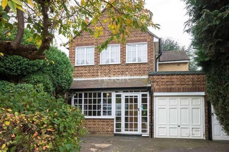 4 Bedrooms Detached House for rent in Hatton Road