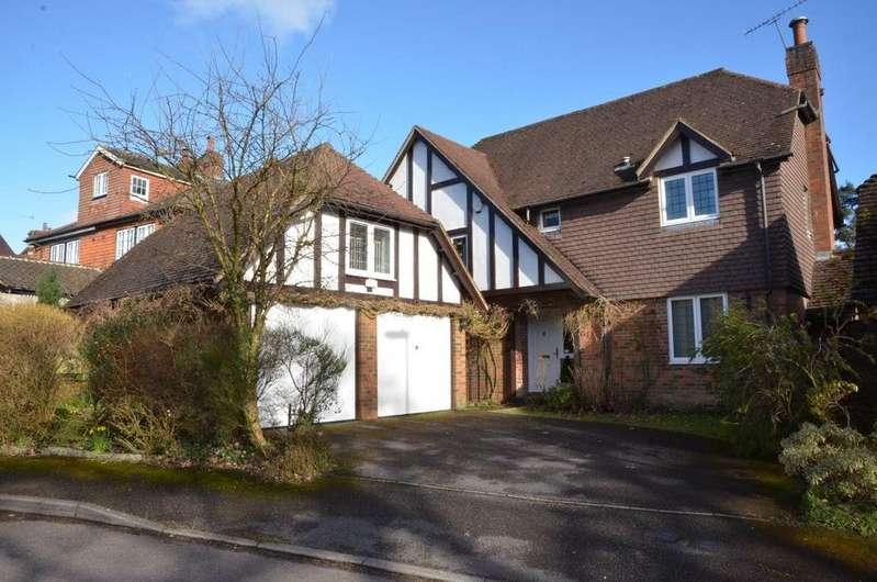 4 Bedrooms House for rent in Oakhurst, Grayshott