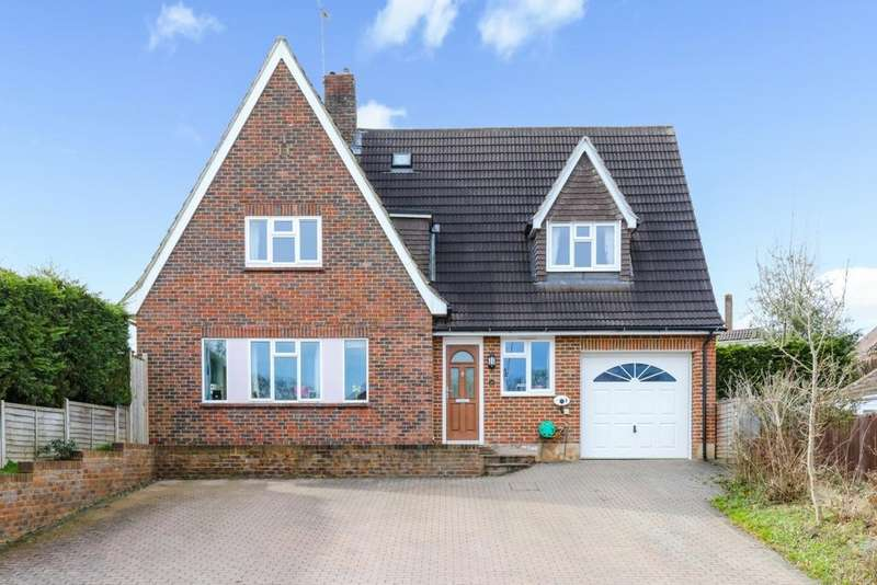 5 Bedrooms House for sale in Orchard Close, Haywards Heath, RH16