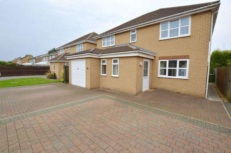 4 Bedrooms Detached House for sale in Bretts Way, Peterborough
