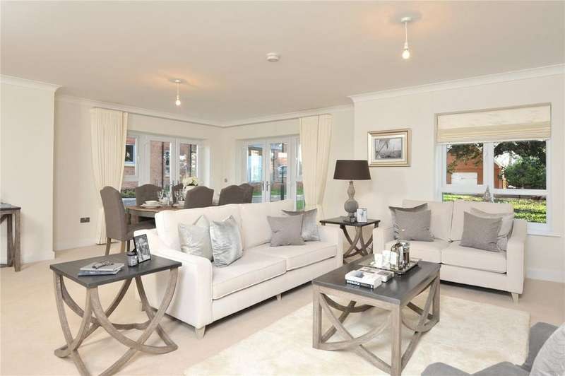 2 Bedrooms Retirement Property for sale in Millbrook House, Millbrook Village, Topsham Road, Exeter, EX2