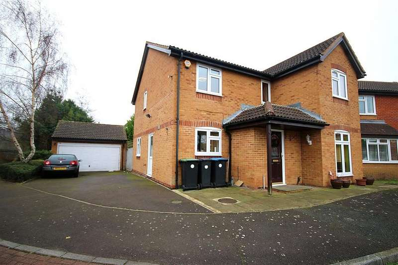 4 Bedrooms Detached House for sale in Blanchard Grove, Enfield Island