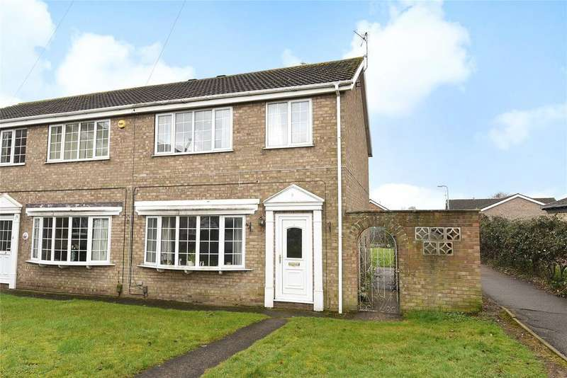 3 Bedrooms Semi Detached House for sale in Ravensmoor Close, North Hykeham, LN6