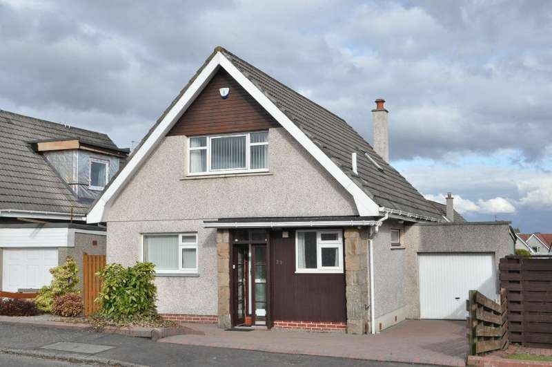4 Bedrooms Detached House for rent in Durness Avenue, Bearsden, Glasgow, G61 2AL
