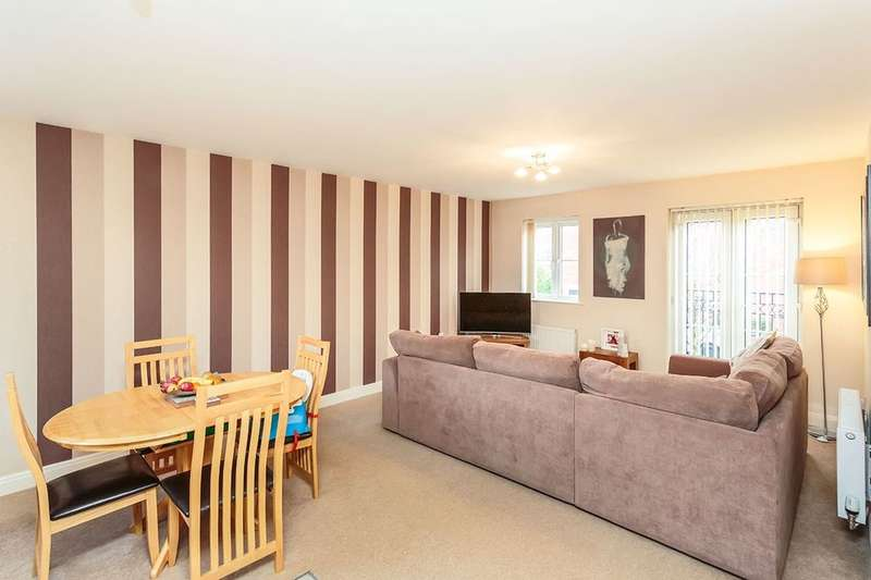 2 Bedrooms Flat for sale in Danvers Way, Fulwood, Preston, PR2