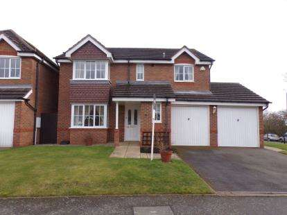 4 Bedrooms Detached House for sale in Churchward Drive, Stretton, Burton-on-Trent, Staffordshire